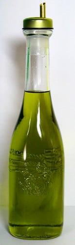 I prefer the deep green grassy olive oils.