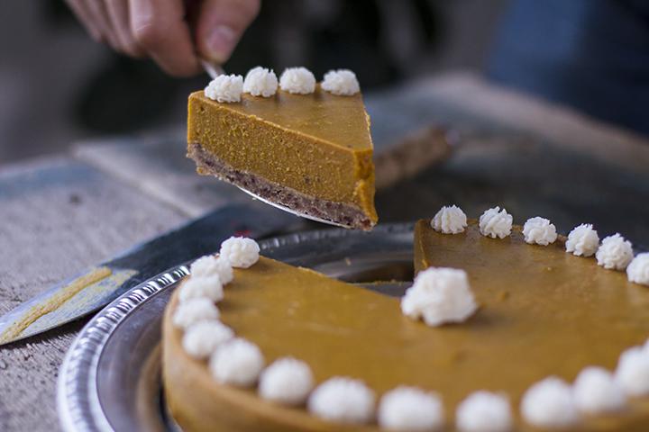 Paleo Pumpkin Pie Recipe Roundup